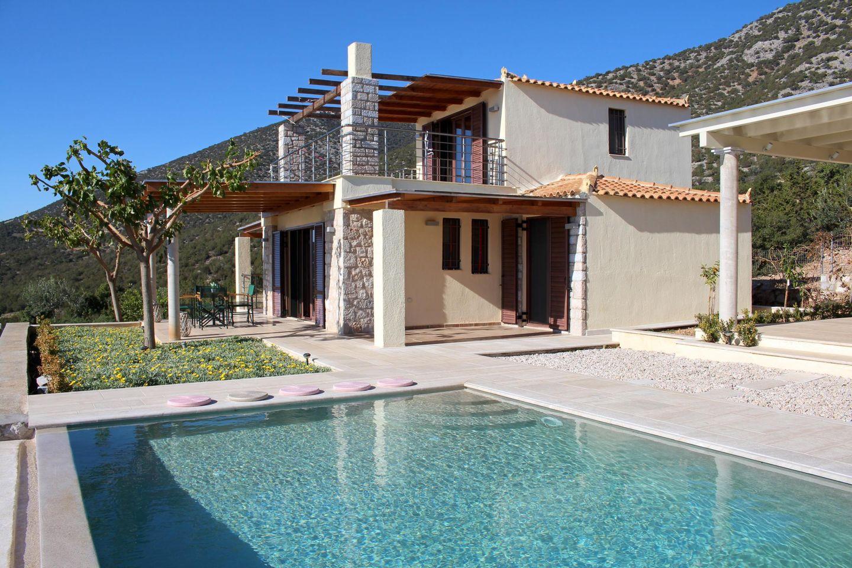 Ferienhaus IRIDA auf dem Peloponnes mit privatem Pool