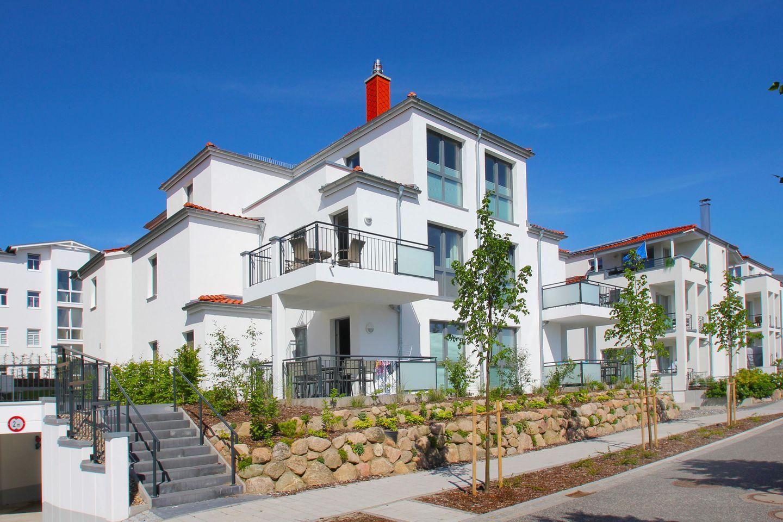 Villa Anni - FeWo 2: Terrasse, Sauna- u. Schwimmba  in Deutschland