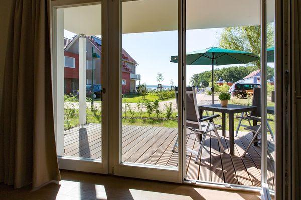 von Moderners 2-Zimmer-Apartment  in ruhiger Lage , Bootsliegeplatz optional,Hund erlaubt ( P5/A2)