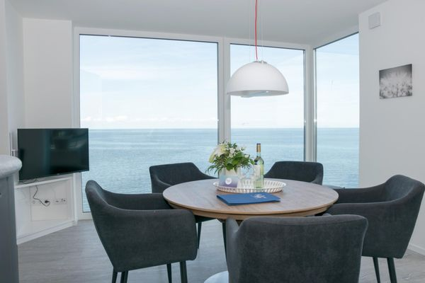 Küstenküche  - Wohnzimmer
