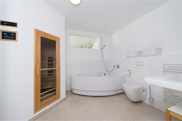 Blaue Ferne  - Badezimmer