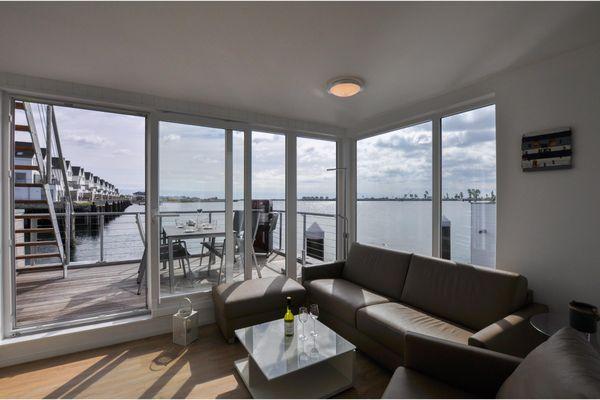 Hausboot  - Wohnzimmer