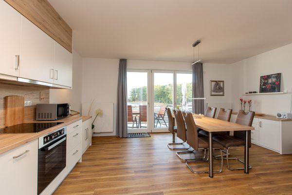 Küche / Küchenzeile von Becci's Apartment mit traumhafter Aussicht über den See .Ideal für 2-6 Personen/ Hund erlau ( P6 A8)