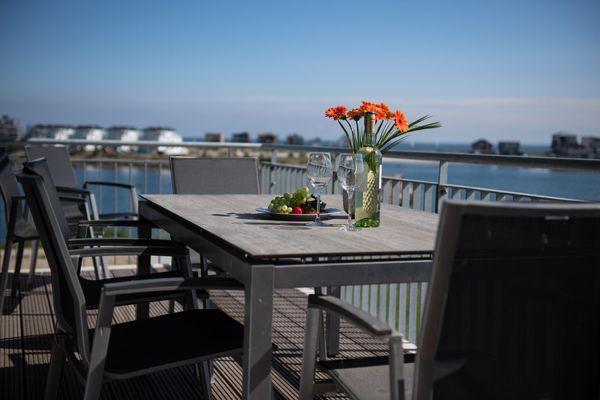 Sea View 17  -