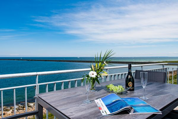 Sea View 24  -