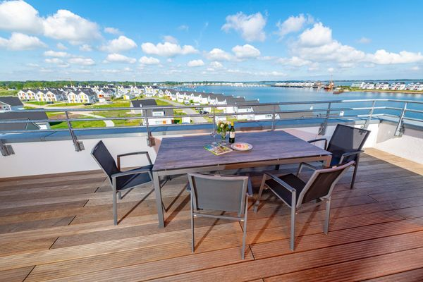 Sea View 22 - Maisonette  -