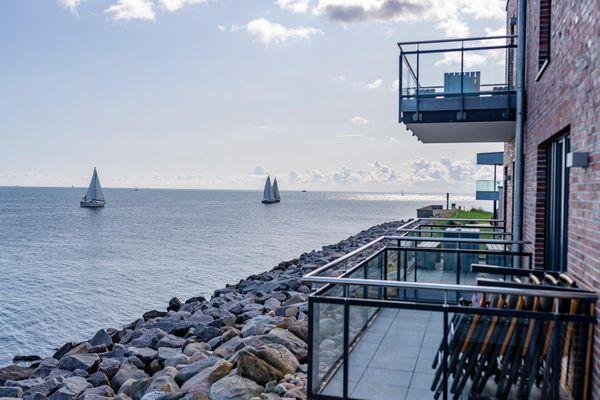 Infinity Lounge  - Balkon