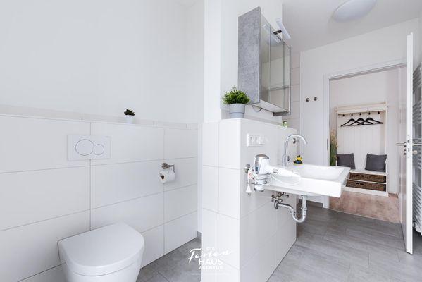 Steuerbord auf der Ostsee  - Badezimmer
