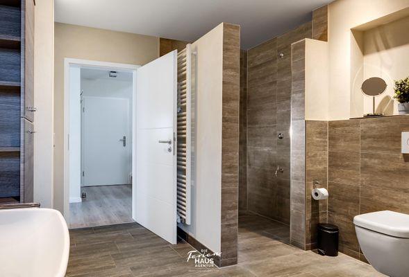 Traumblick auf der Ostsee  - Badezimmer
