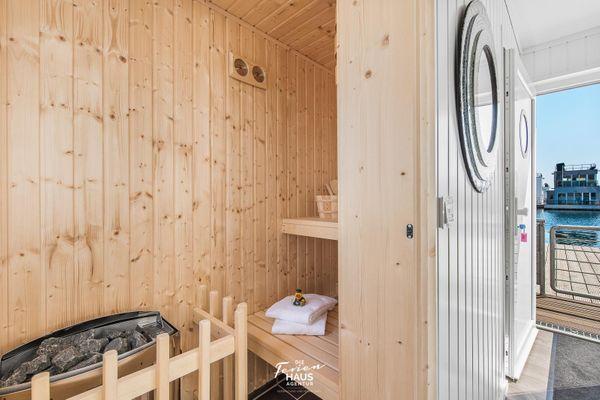 Sunseeker  - Sauna