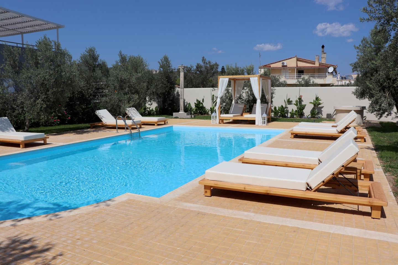 Ferienhäuser NIREIIDES mit Pool auf dem Peloponnes, Korinthia, Almiri