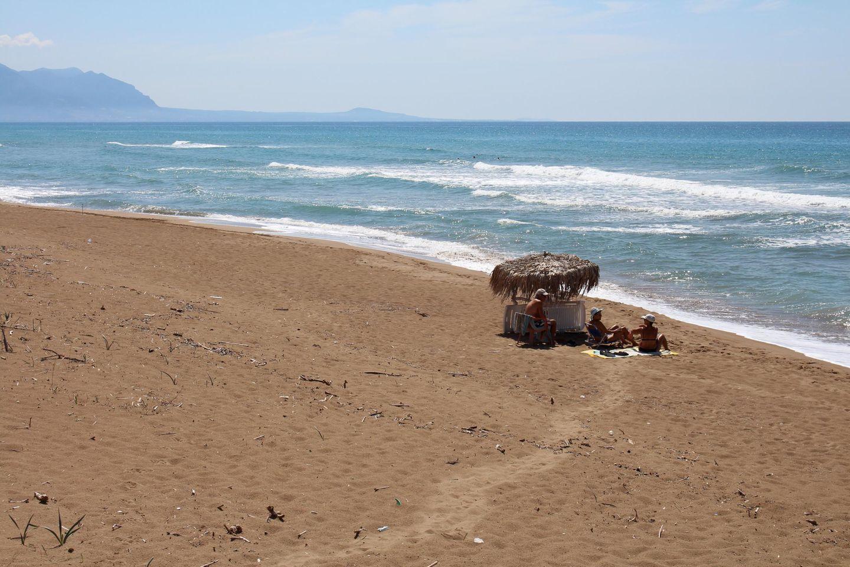 Sandstrand von Kakovatos bei den Ferienhäusern NIKOS