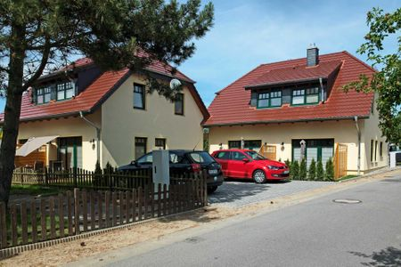 Doppelhäuser zum Reetmoor Haus Hannah Schwarzer Busch - Hauptansicht