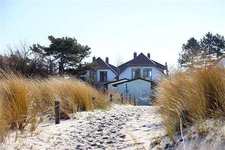 Doppelhäuser zum Reetmoor Haus Theresa Schwarzer Busch - Strand