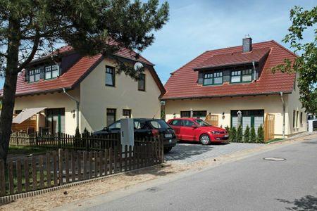 Doppelhäuser zum Reetmoor Haus Friederike Schwarzer Busch - Hauptansicht