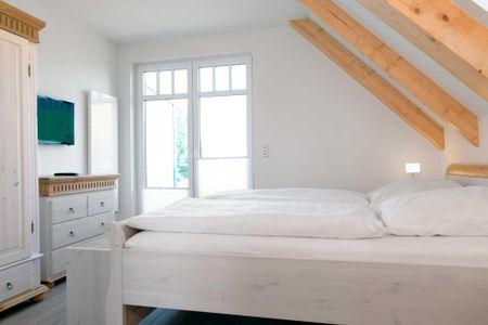 Doppelhäuser zum Reetmoor Haus Friederike Schwarzer Busch - Badezimmer