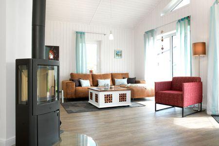 Dänische Ferienhäuser am Salzhaff Haus Midsommer Vorwerk - Wohnzimmer