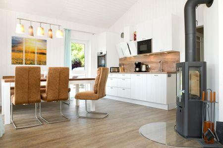 Dänische Ferienhäuser am Salzhaff Haus Midsommer Vorwerk - Küche / Küchenzeile