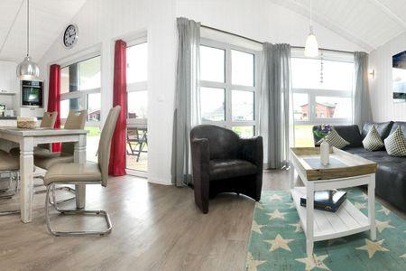 Dänische Ferienhäuser am Salzhaff Haus Strandbrise Vorwerk - Wohnzimmer