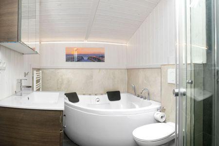 Dänische Ferienhäuser am Salzhaff Haus Strandhafer Vorwerk - Badezimmer