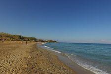 Strand von Sfakaki, ca. 4km entfernt