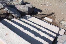 Treppe vom Garten zum Strand